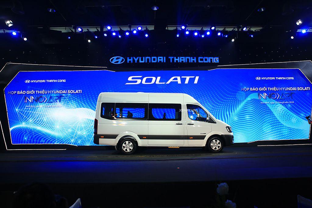 Chi Tiết Hyundai Solati  Đối Thủ Lớn Ford Transit