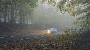 Kỹ năng lái xe ô tô thoát khỏi sương mù
