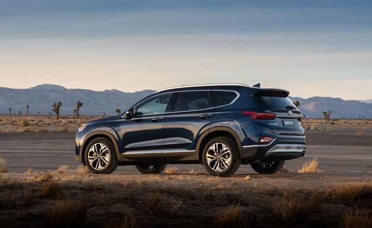 Hyundai Santa Fe 2020 giá hời đánh bại mọi đối thủ